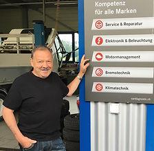 Geschäftsführer Garage Walter Zemp