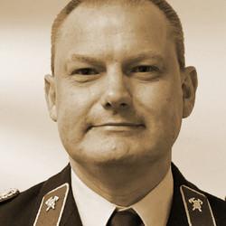 Frank Lötel