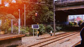 Sepenggal Kisah dari Peron Stasiun