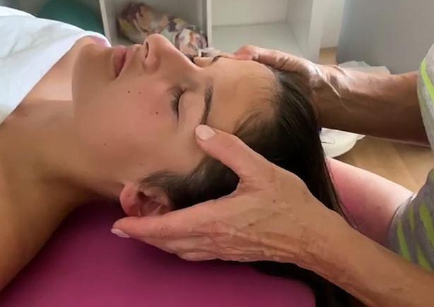 Kopfmassage / Massage Einsiedeln-Ybriga