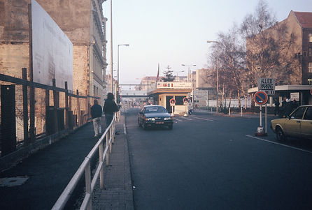 Checkpoint Charlie, West Germany and Eas