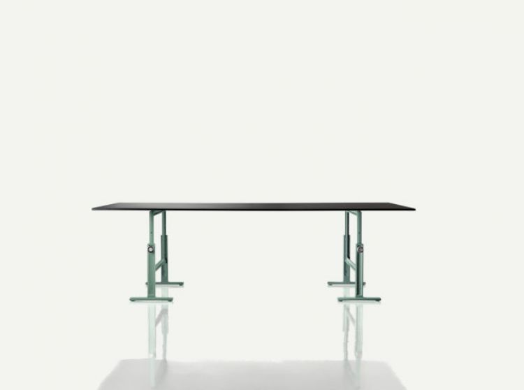 Brut Table - 01