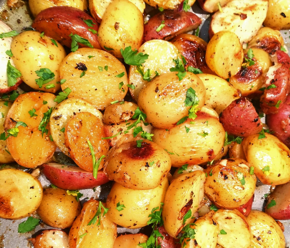 Olive Oil Roasted Lemon Garlic Potatoes