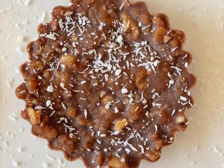 Canastita de cacao y crema de maní
