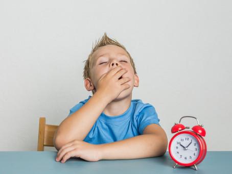 """""""Filho(a) acorda, você vai se atrasar..."""""""