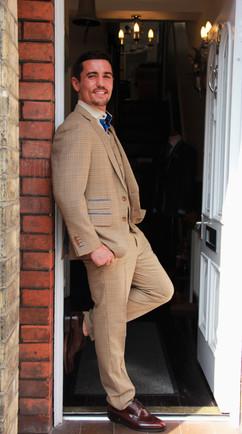 Anthony Crolla - H&H front door (8).JPG