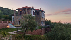 main villa-mini suite + appartment