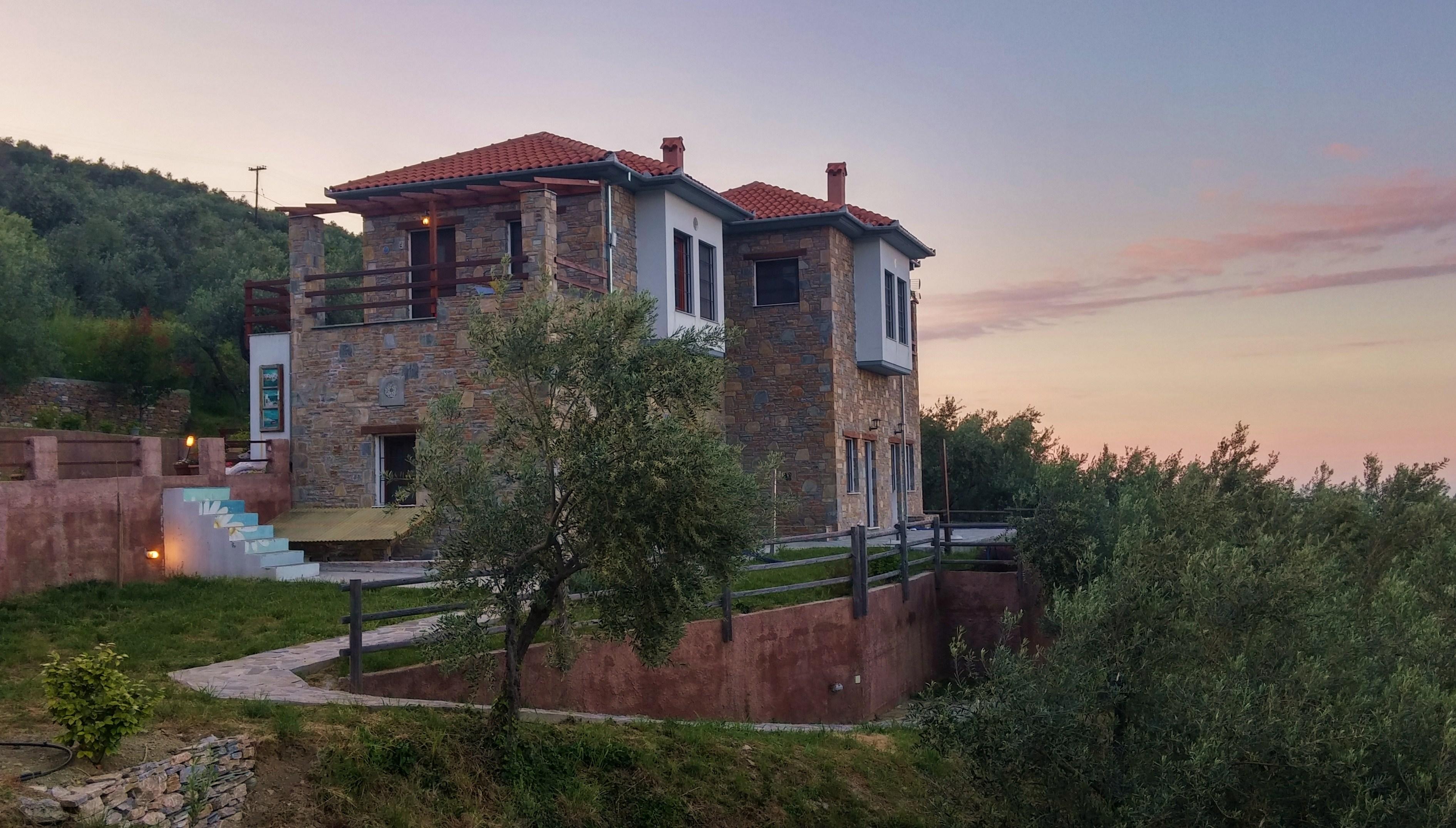 Orlys' Villas Main Villa