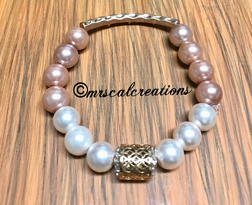 Soft Pink And White Pearl Bracelet