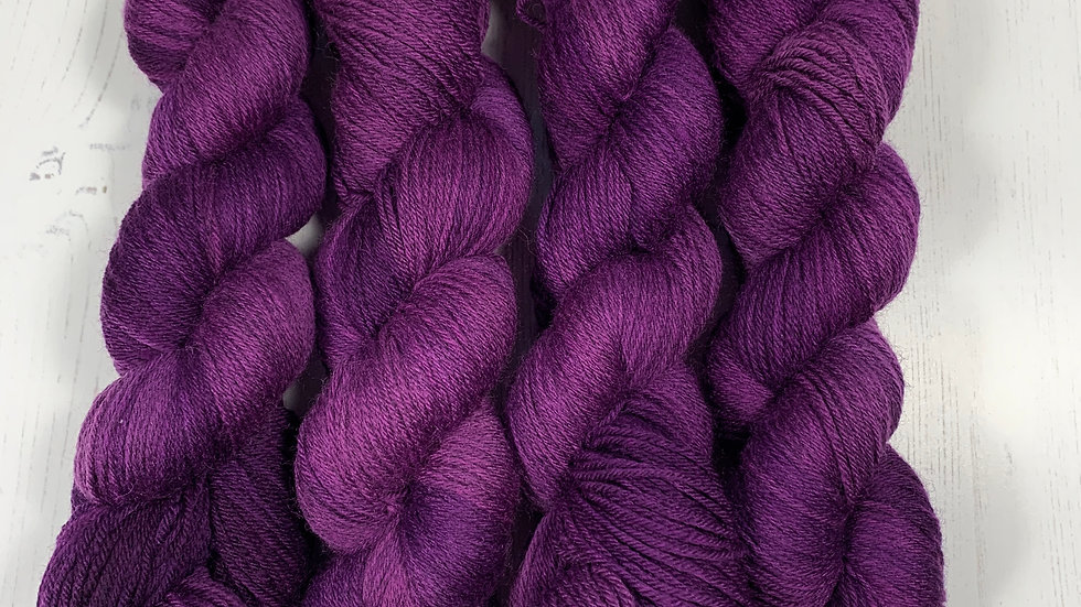 Simply Solid - Plum