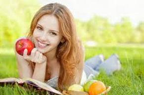 images_femme_fruits3.jpg