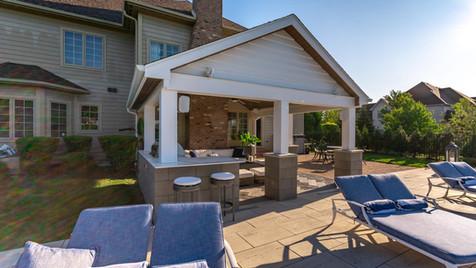 lakewood-outdoor-closeup.jpg