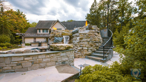 riverwoods-hardscape-stairs.jpg