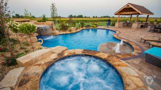 minooka-swimming-pool-spa.jpg