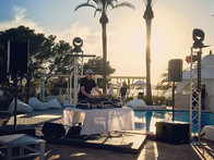 Iluminación y sonido con DJ en Hotel Marítim Galatzó