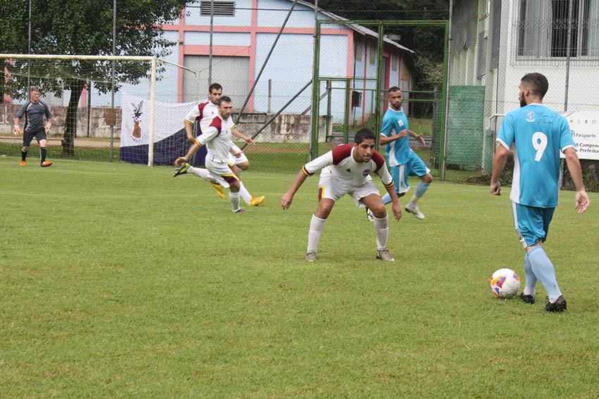 – No jogo realizado na Linha 40, o São Virgílio complicou a vitória do Olaria por 4x3