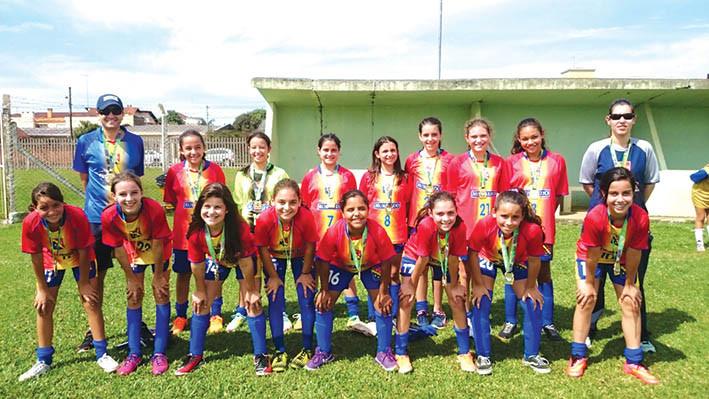 Equipe do Murialdo festejou a conquista na categoria mirim