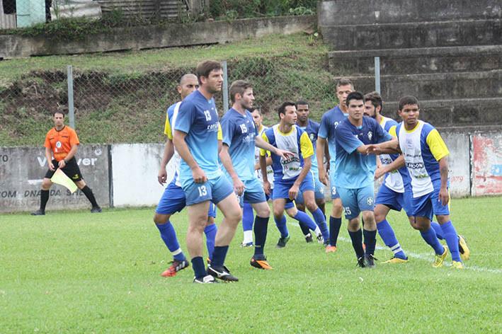 Em Santa Lúcia, no sábado, o Amizade A venceu o São Gotardo por 4x2, jogo válido pela Chave B Livre