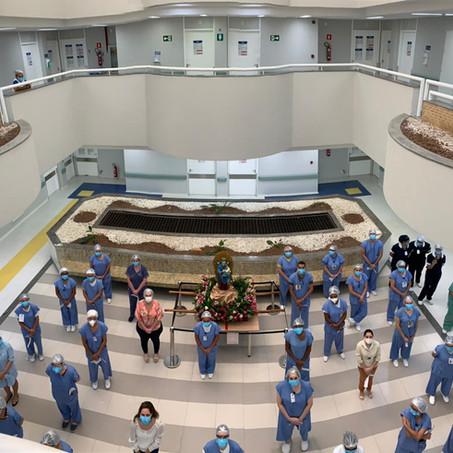 Hospital Primavera recebe a imagem de Nossa Senhora do Perpétuo Socorro
