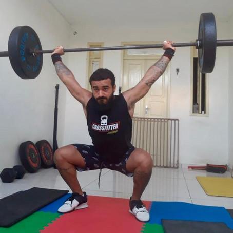 Gabriel Ribeiro intensifica treinos em casa na quarentena e dá aulas online de crossfit