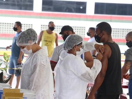 60% da população adulta já foi vacinada em Aracaju