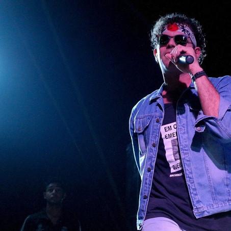 """Turnê """"Tributo a Cazuza"""" com Valério Araújo (RJ) tem shows em Sergipe de 26 a 29/11"""