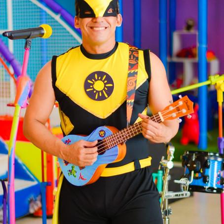 Thiago Sol faz convite para Live 'Sol Kids Planet'