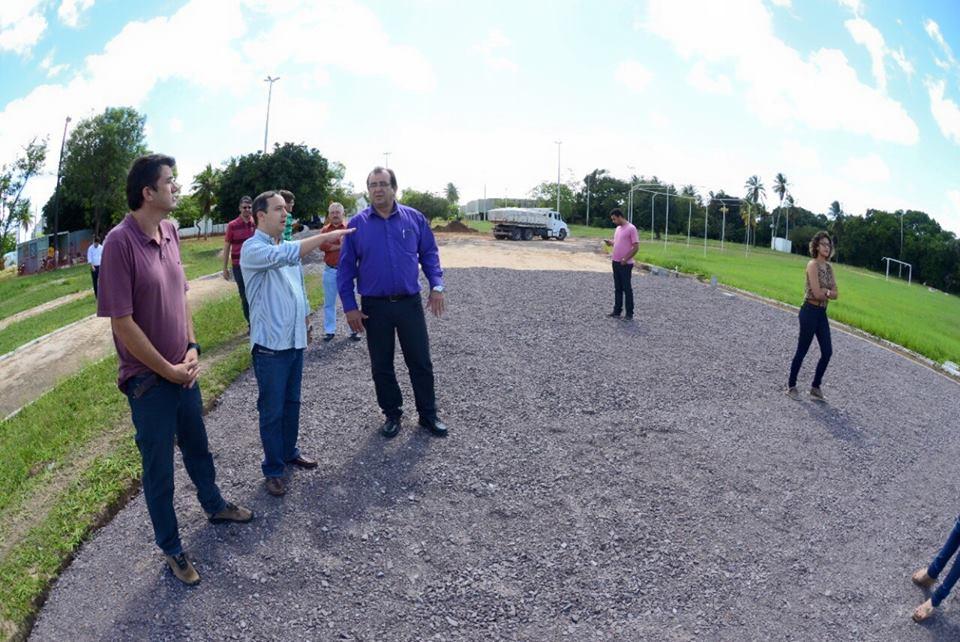 Valadares Filho visita complexo UFS.jpg