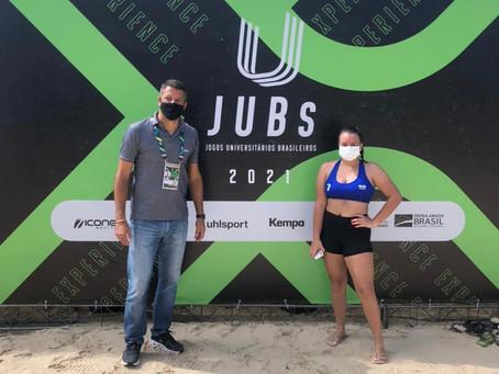Com filha no vôlei de praia, Coração Valente prestigia abertura dos JUBs em Aracaju