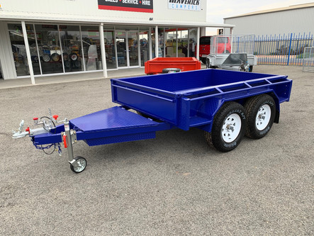8'x 5' tandem axle box trailer