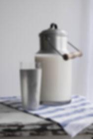 milk-can-3098866_1920.jpg