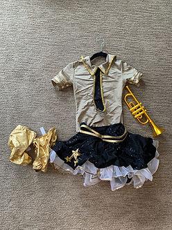 Boogle boogie bugle boy dress and accessory