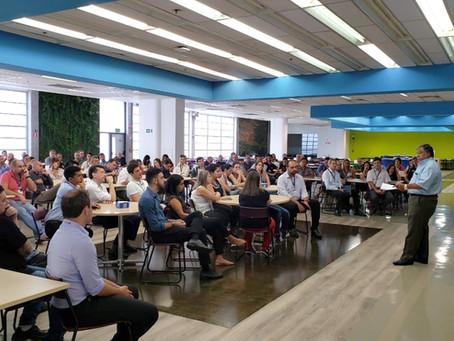 Sindicato se reúne com trabalhadores do Centro Tecnológico da General Motors SCS