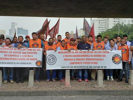 Sindicato  participa de protesto na Avenida Paulista em defesa dos direitos trabalhistas.