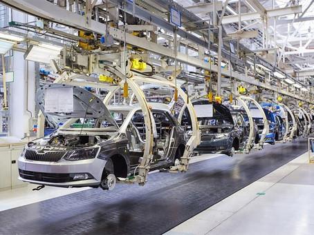 Produção industrial tem alta em julho, mas no ano e em 12 meses queda é generalizada