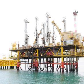 fenders-system-for-tanker-berth-at-suez4