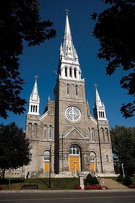 Eglise_Sainte-Therese-dAvila.jpg