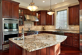 Traditional Style Kitchen with Granite Countertops