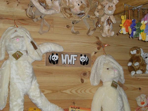 decouvrez l'elevage de la foret des lapins et des cochons d'Inde à itxassou au pays basque