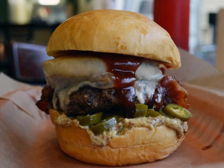 burger3-768x576