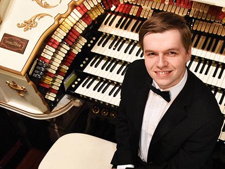 Vintage Wurlitzer Organ featured in benefit concert