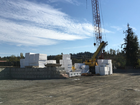 What are those huge white blocks being used on the Sammamish River bridge?