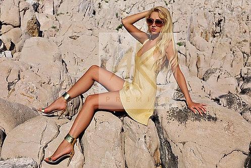 Gold De La Kali glamorous cocktail dress