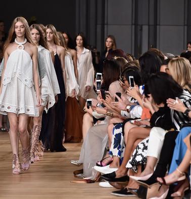 Chloe-Runway-Paris-Fashion-Week-Womenswe