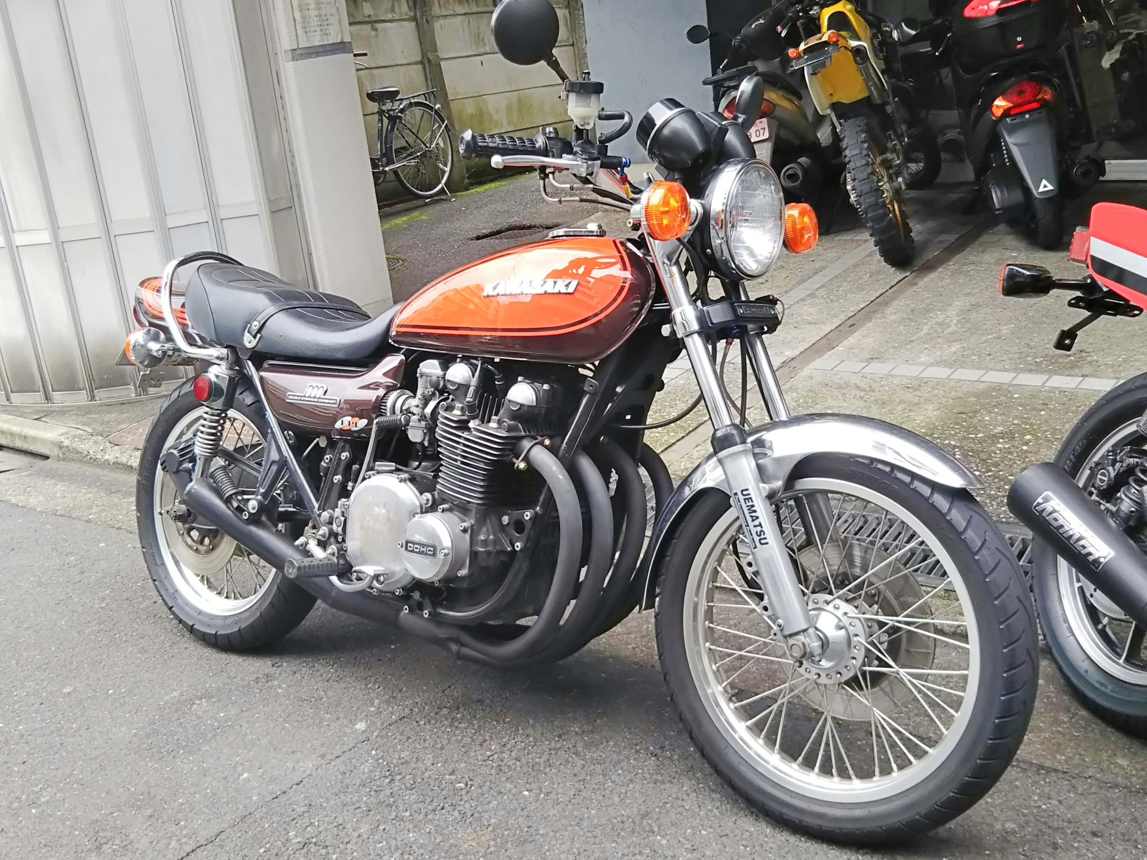 KZ1000