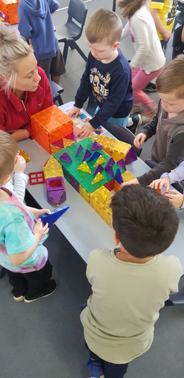 BUILDING STEM WORKSHOPS