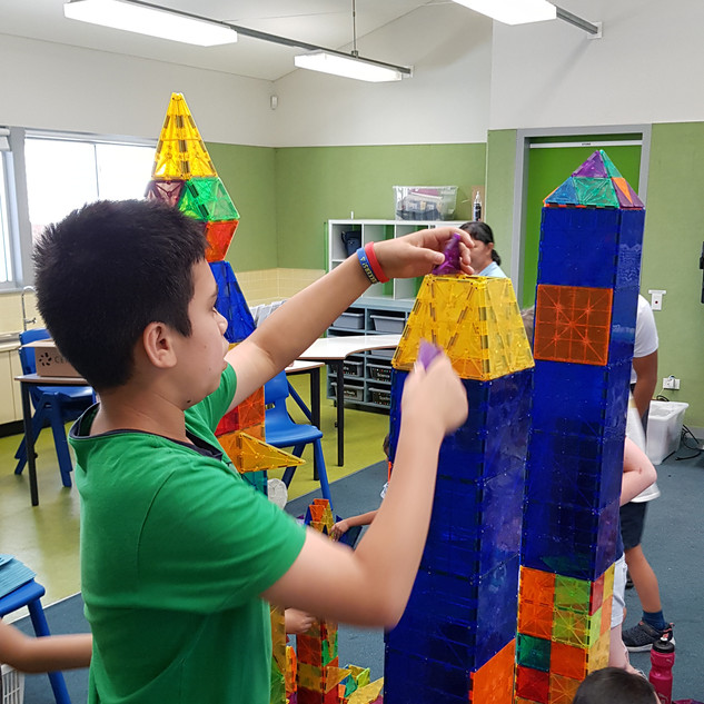 STEM INCURSIONS FOR CHILDREN
