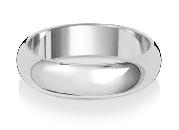 18ct White Gold Wedding Band D-Shape 5mm Lightweight