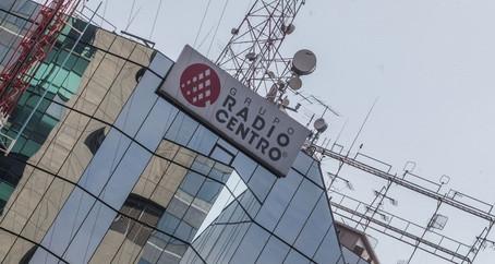 Radio Centro y La Octava, lo duro y lo tupido