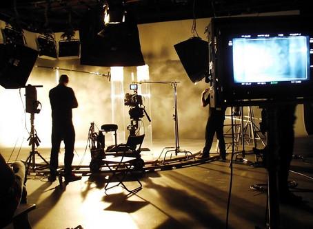 Las series de TV y de los servicios en línea, una burbuja en camino a la explosión